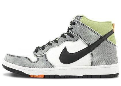 Nike Dunk CMFT Wolf Whiteの写真