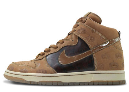 Nike Dunk High Mighty Crown Bisonの写真