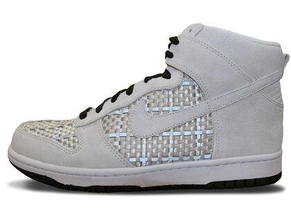 Nike Dunk High Neutral Grey Wovenの写真