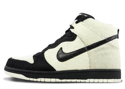 Nike Dunk High Pandaの写真