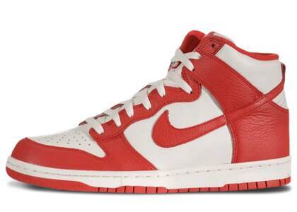 Nike Dunk High Sail Action Redの写真