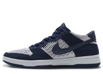 Nike Dunk Low Flyknit College Navy Pure Platinumの写真