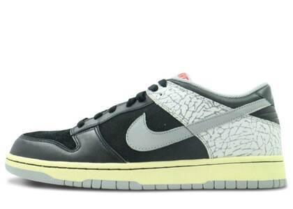 Nike Dunk Low J-Pack Black Cement (2009)の写真