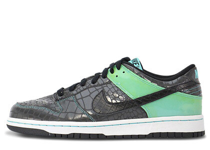 Nike Dunk Low Un-Tiffanyの写真