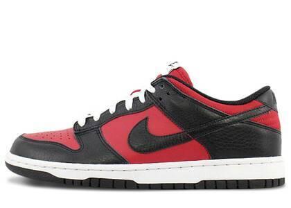 Nike Dunk Low Varsity Red Black (2010)の写真