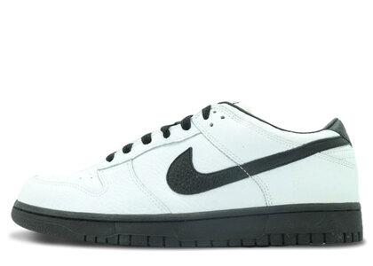 Nike Dunk Low White Black (2005)の写真