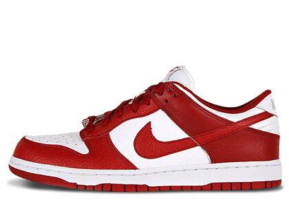 Nike Dunk Low White Varsity Red (2011)の写真