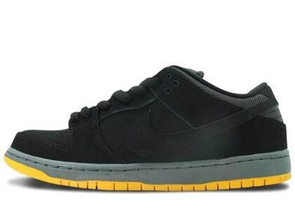Nike Dunk SB Low Black University Goldの写真