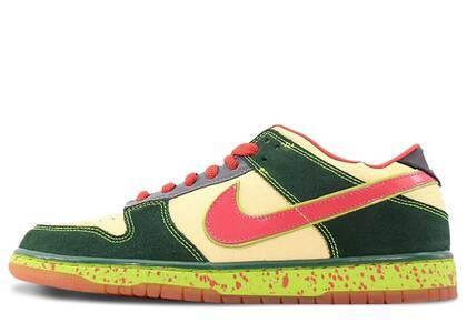 Nike Dunk SB Low Mosquitoの写真