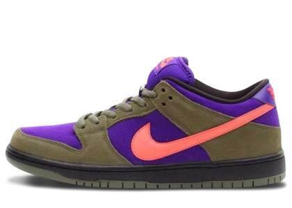 Nike Dunk SB Low Olive Atomic Redの写真