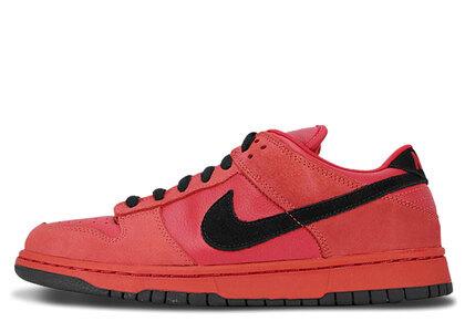 Nike Dunk SB Low Pure Bloodの写真