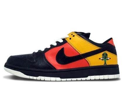 Nike Dunk SB Low Raygunの写真