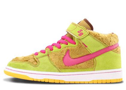 Nike Dunk SB Mid Mama Bearの写真