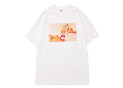 Supreme Cherries Tee Whiteの写真