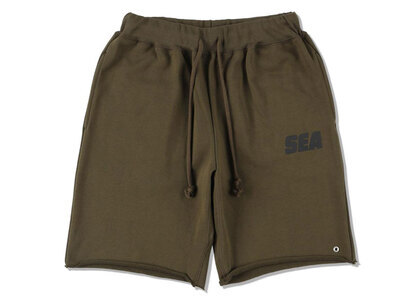 SNKR DUNK × WIND AND SEA Sea Sweat Shorts Oliveの写真