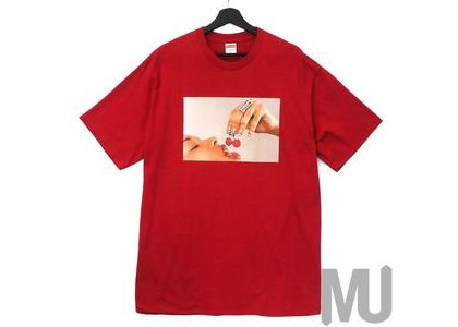 Supreme Cherries Tee Redの写真