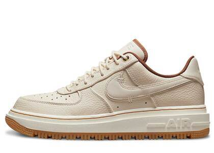 Nike Air Force 1 Lux Preal Whiteの写真