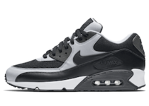 Air Max 90 Black Wolf Greyの写真
