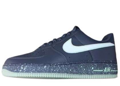 Nike Air Force 1 Low Dark Grey Glowの写真