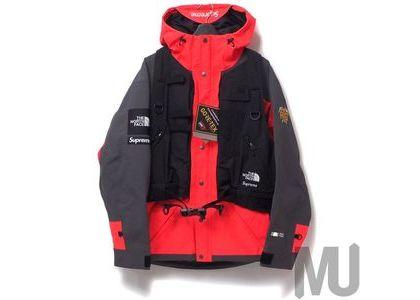 Supreme The North Face RTG Jacket + Vest Bright Redの写真