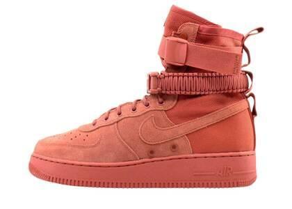 Nike SF Air Force 1 High Dusty Peachの写真