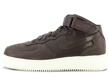 Nike Air Force 1 Mid Velvet Brownの写真