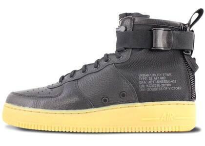 Nike SF Air Force 1 Mid Black Gumの写真