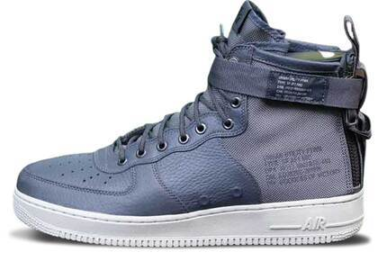 Nike SF Air Force 1 Mid Dark Greyの写真