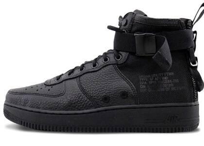 Nike SF Air Force 1 Mid Triple Blackの写真