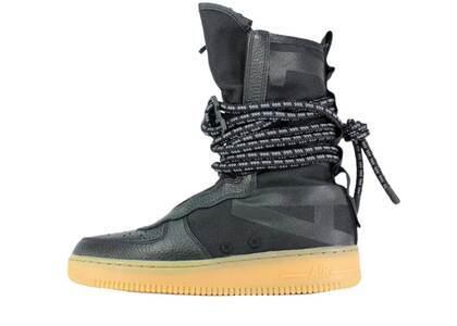 Nike SF Air Force 1 High Black Gumの写真