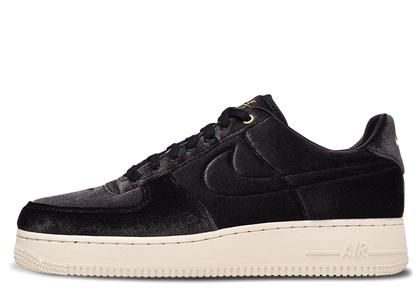 Nike Air Force 1 Low Premium 3 Velour Blackの写真