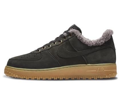 Nike Air Force 1 Winter Black Thunder Grey Gumの写真