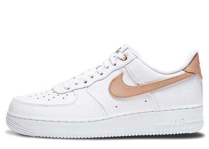 Nike Air Force 1 Low White Vachetta Tanの写真