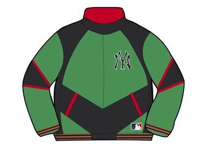 Supreme New York Yankees Track Jacket Green (FW21)の写真