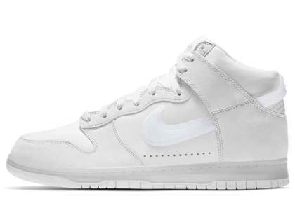 Slam Jam × Nike Dunk High White Pure Platinumの写真