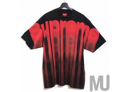 Supreme Bleed Logo S-S Top Blackの写真