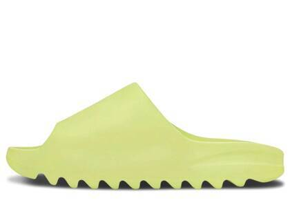adidas Yeezy Slide Glow Greenの写真