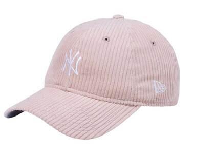 New Era 9twenty Easy Snap Corduroy New York Yankees Mid Logo Pinkの写真