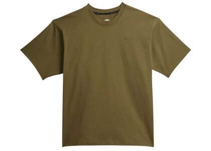 Pharrell Williams × adidas Originals Basics Shirt Gender Neutral Oliveの写真