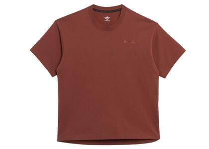 Pharrell Williams × adidas Originals Basics Shirt Gender Neutral Brownの写真