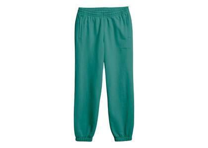 Pharrell Williams × adidas Originals Basics Sweat Pants Unisex Greenの写真
