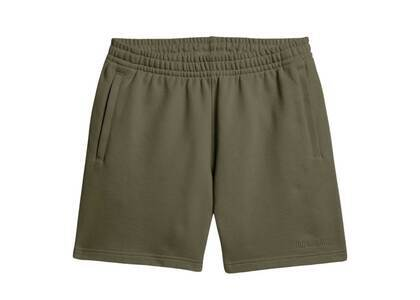 Pharrell Williams × adidas Originals Basics Shorts Unisex Oliveの写真