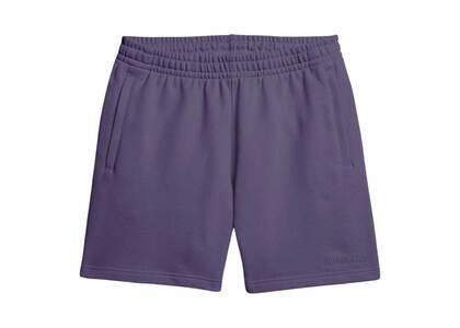 Pharrell Williams × adidas Originals Basics Shorts Unisex Purpleの写真
