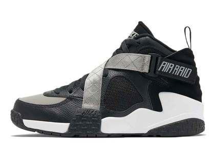 Nike Air Raid Blackの写真