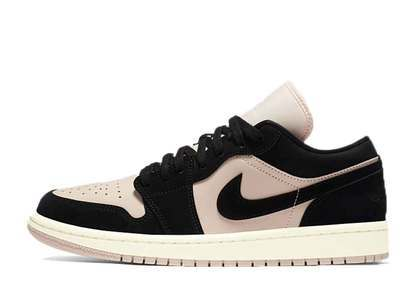 NIke Air Jordan 1 Low Guava Ice Womensの写真