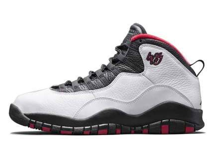 Nike Air Jordan 10 Retro Double Nickel Chicagoの写真
