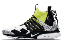 ACRONYM × NIKE AIR PRESTO MID DYNAMIC YELLOWの写真