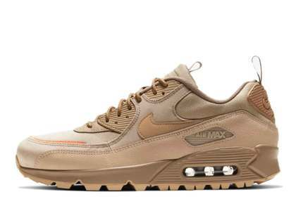Nike Air Max 90 Surplus Desert の写真