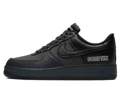 Nike Air Force 1 Gore-Tex Blackの写真