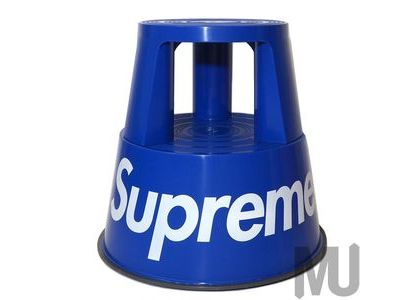 Supreme Wedo Step Stool Blueの写真